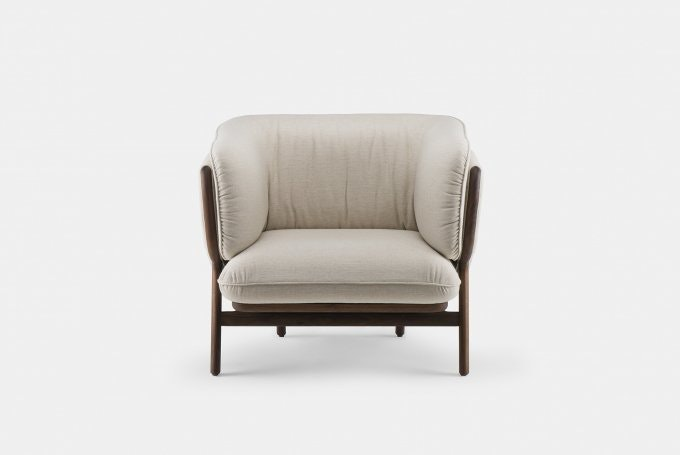 Stanley Armchair By Nichetto In Walnutweb 680X455