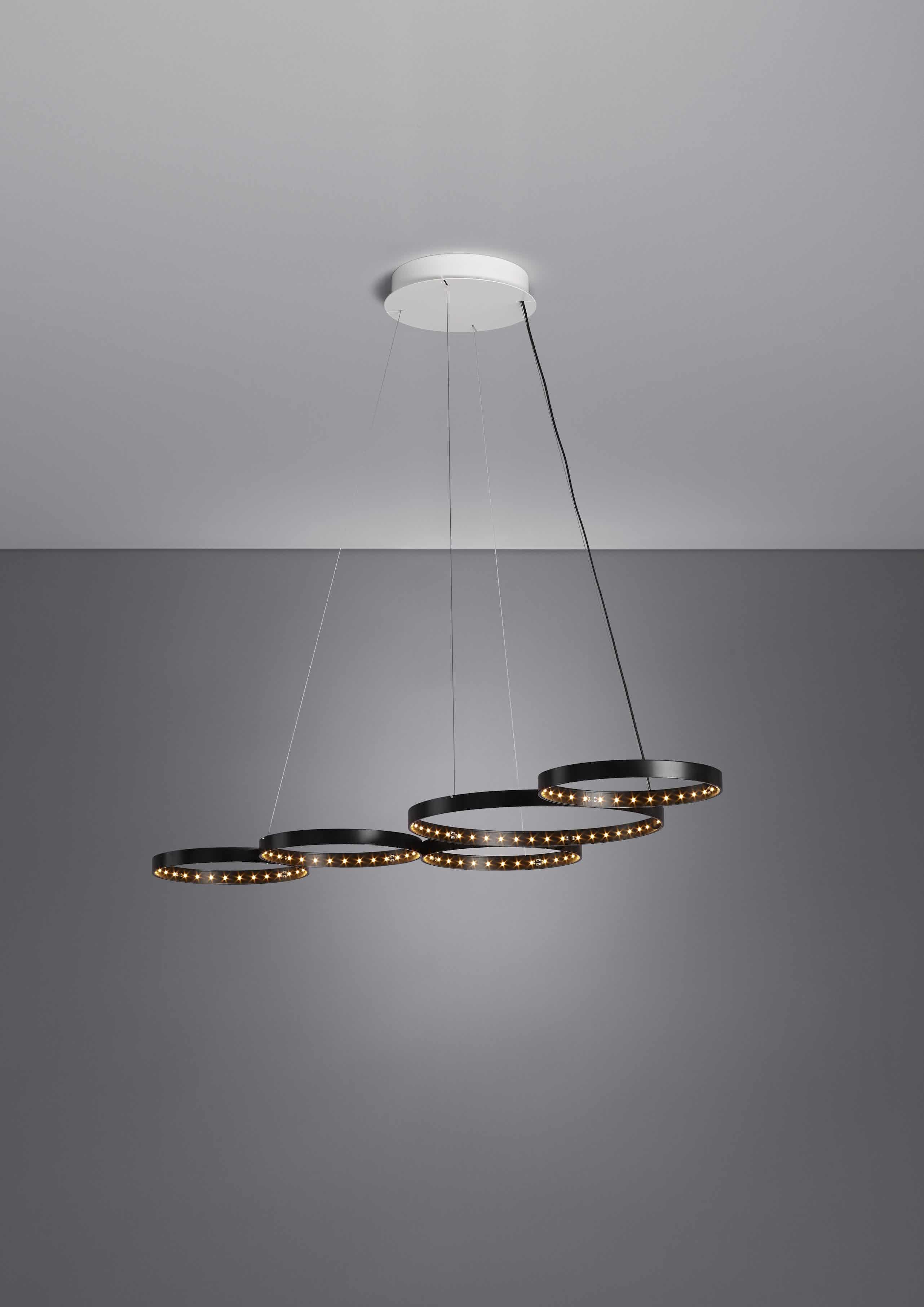 Le-deun-luminaires-super-8-hanging-lamp-black-position-3-haute-living