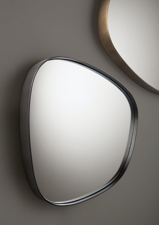 De Castelli Syro Mirrors Detail Haute Living