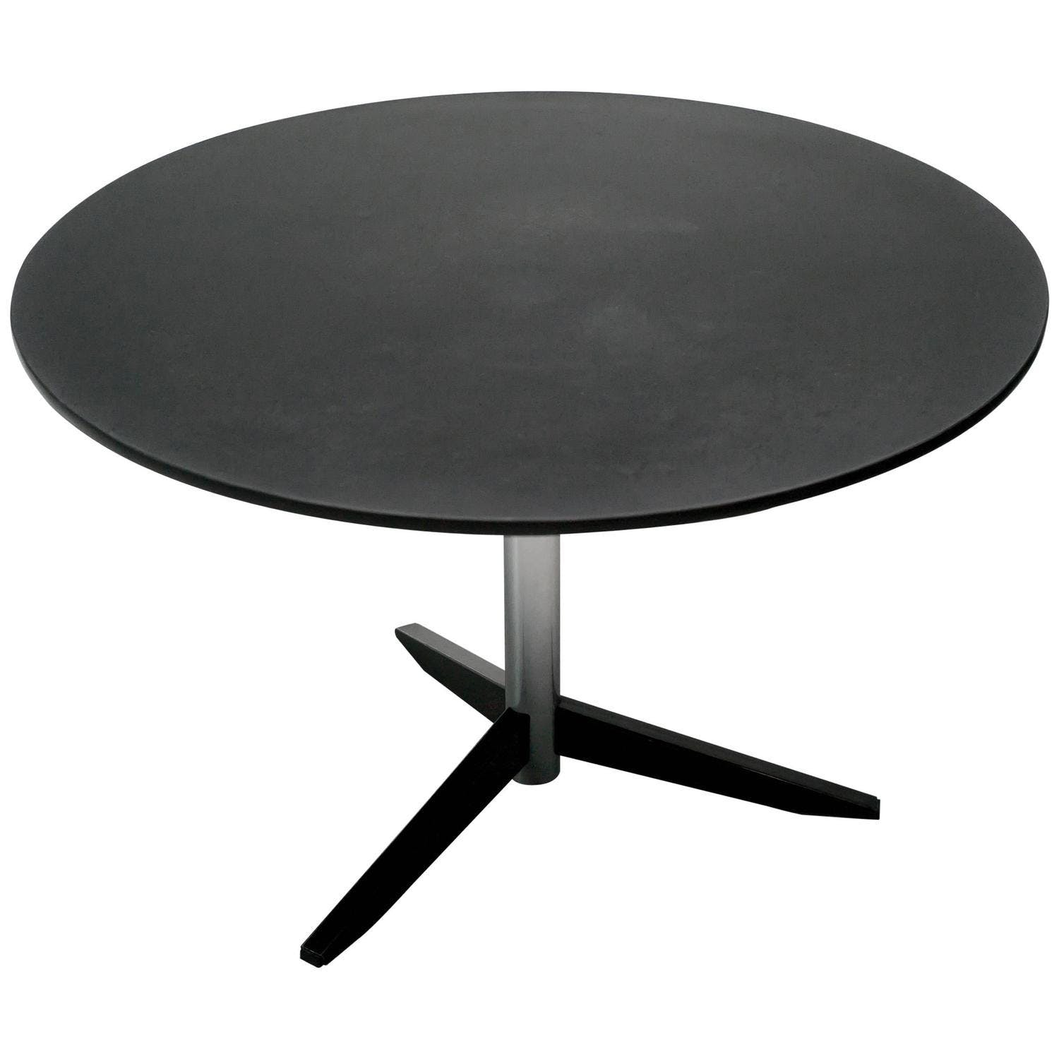 Te 06 Dining Table
