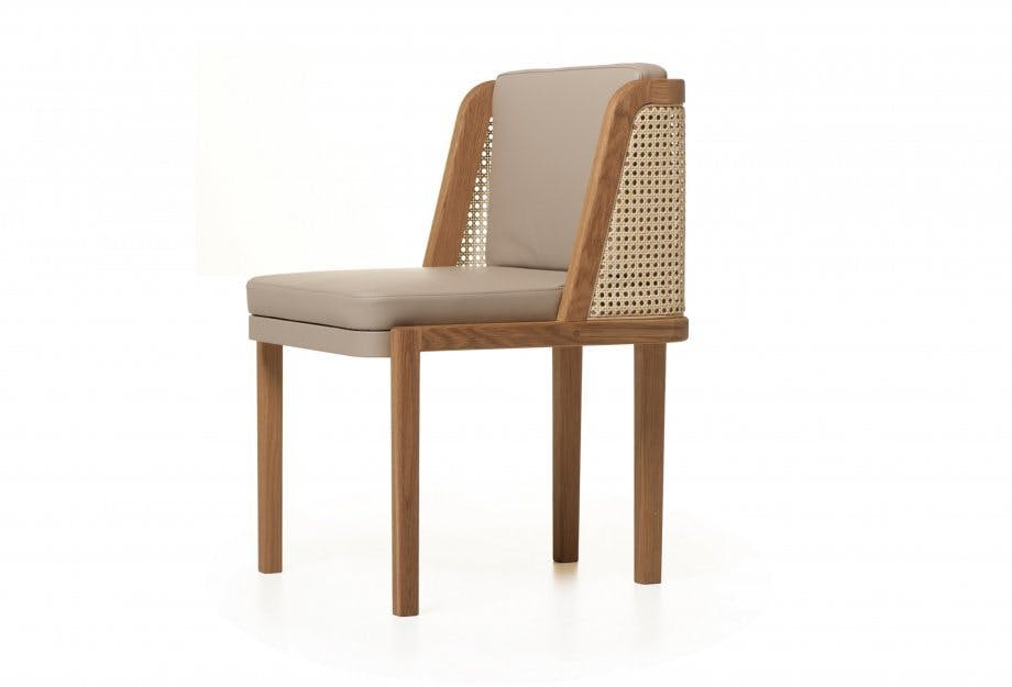 Throne Dining Chair 3 4Web 920X625
