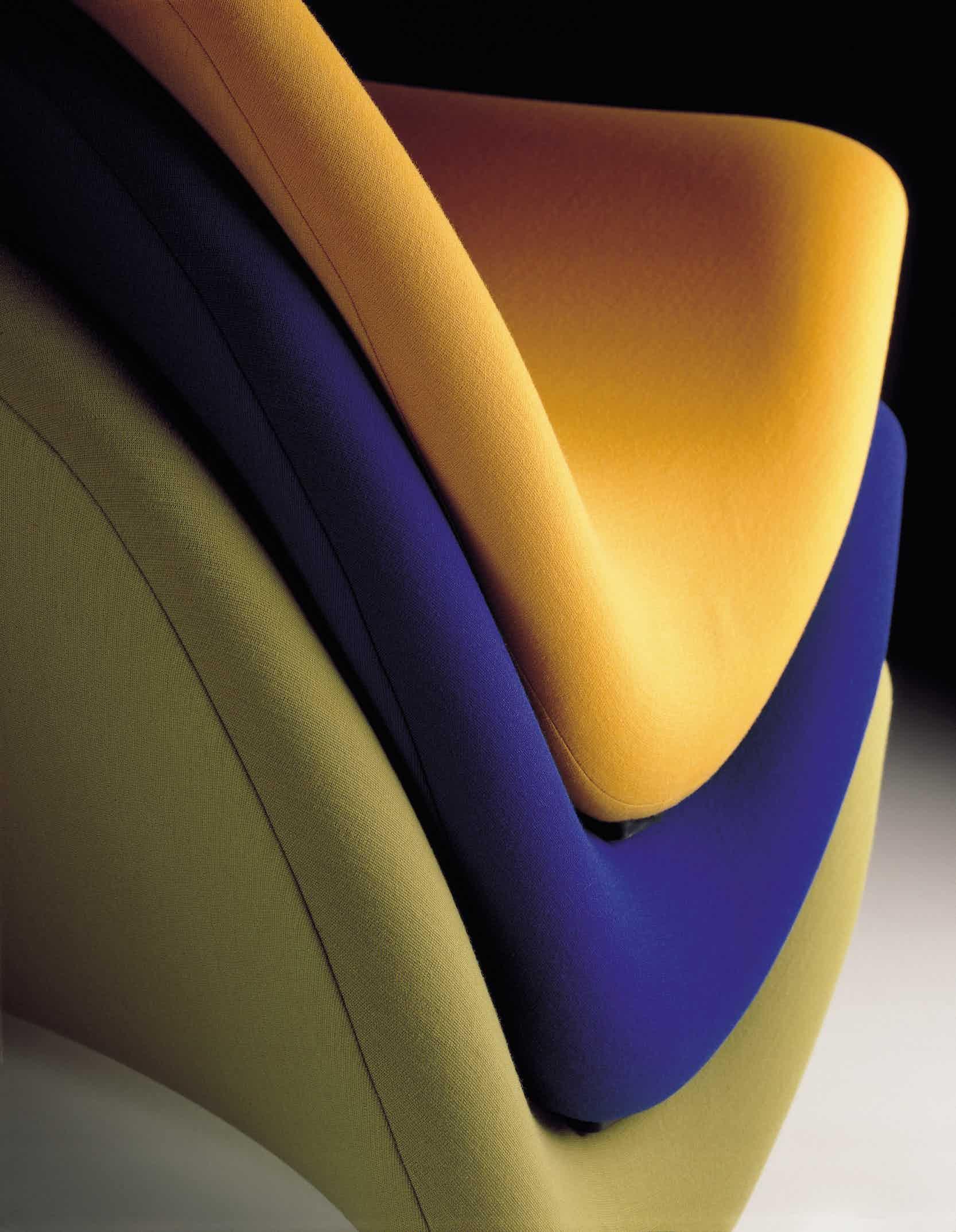 Artifort Tongue Chair Detail