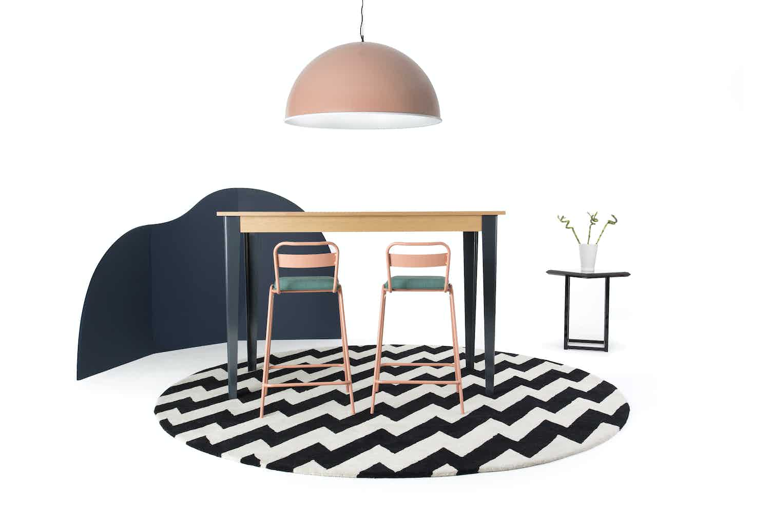 Deadgood-tree-table-tall-with-stools-haute-living