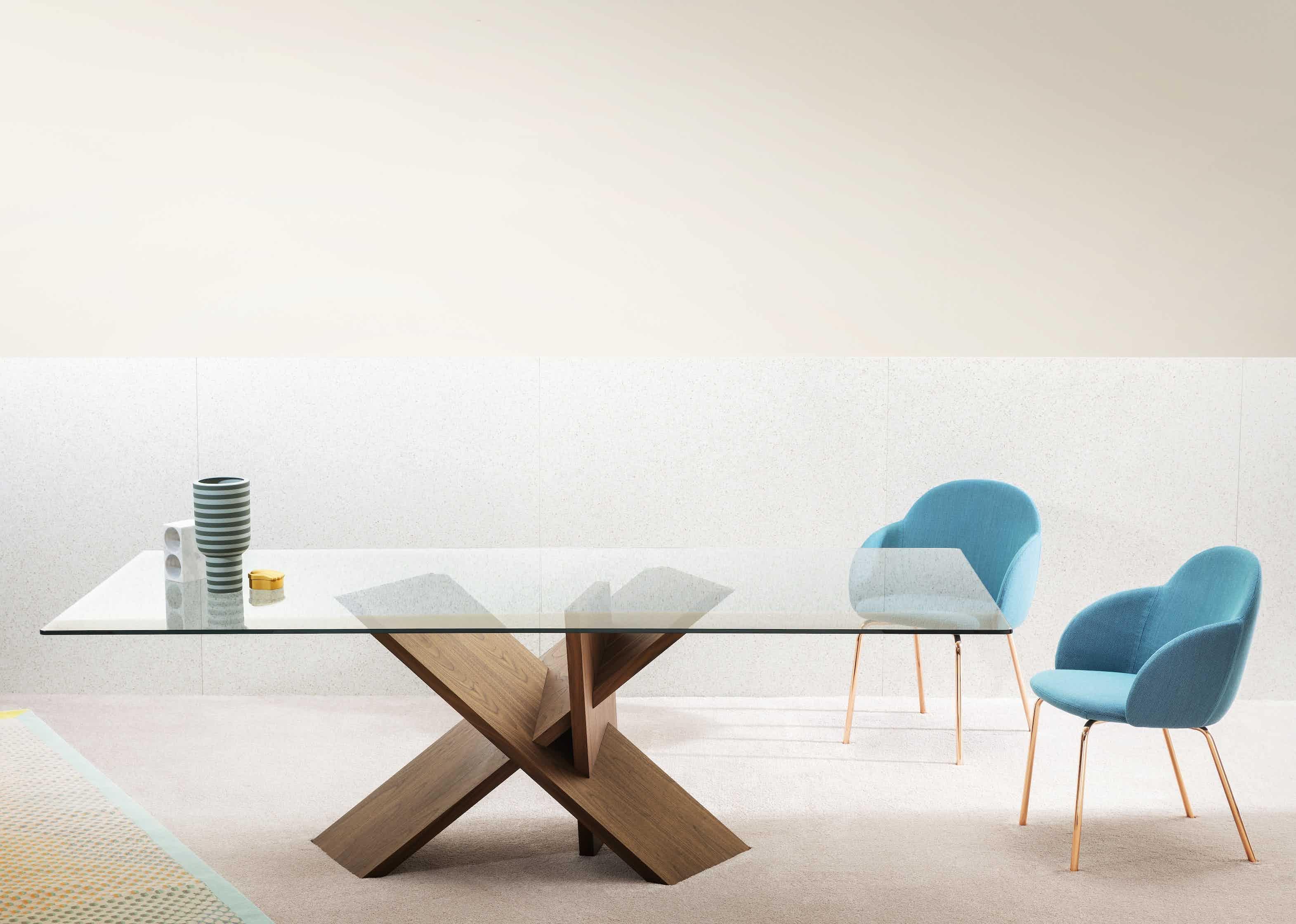 Miniforms Tripode Table Insitu Haute Living