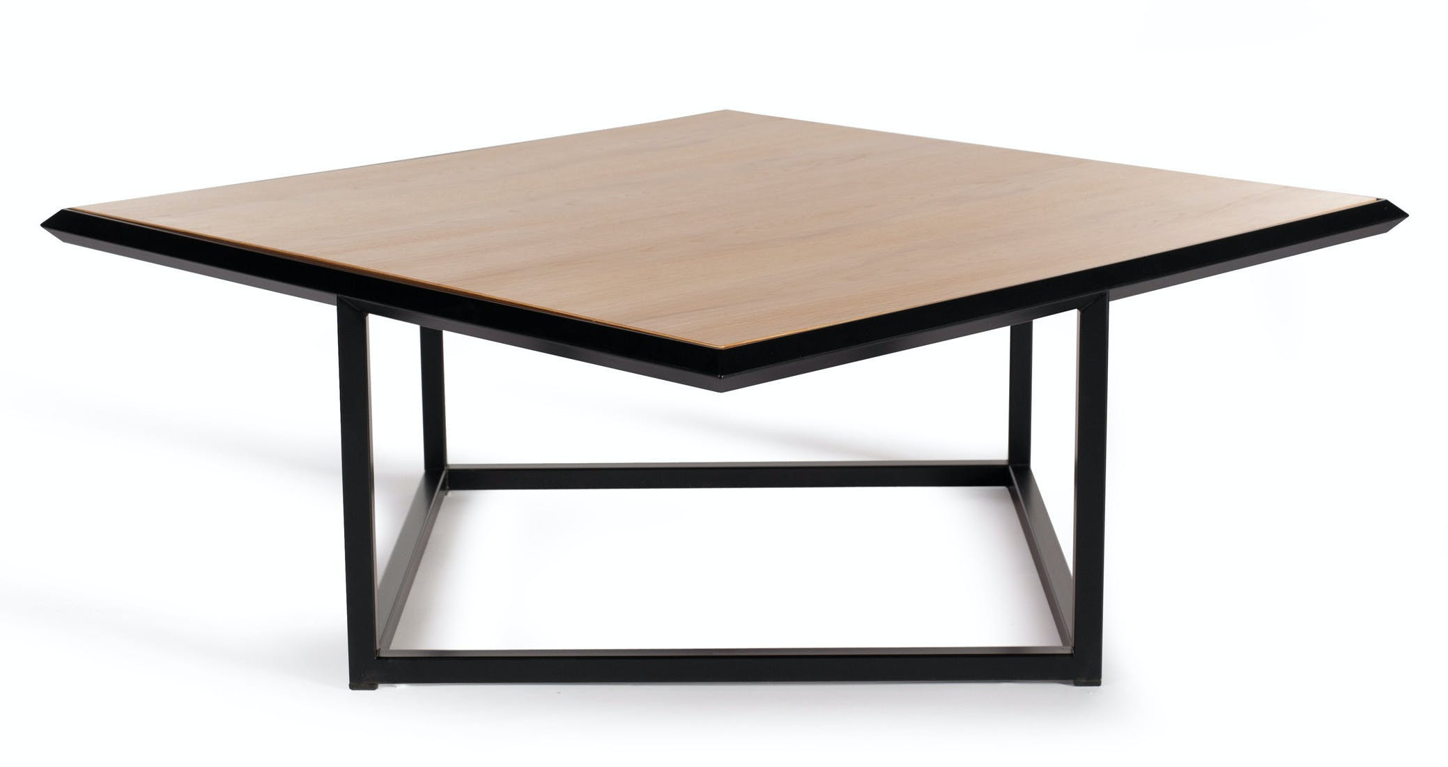 Deadgood-turn-table-dark-oak-haute-living_190225_211136