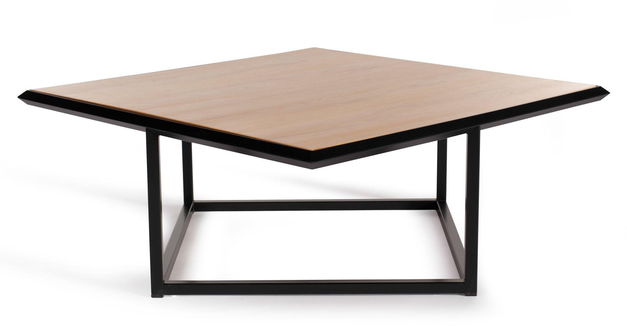 Deadgood-turn-table-dark-oak-haute-living_190225_211136