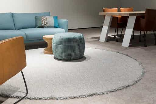 Carpet-sign-Tweet-circle-rug-insitu-haute-living