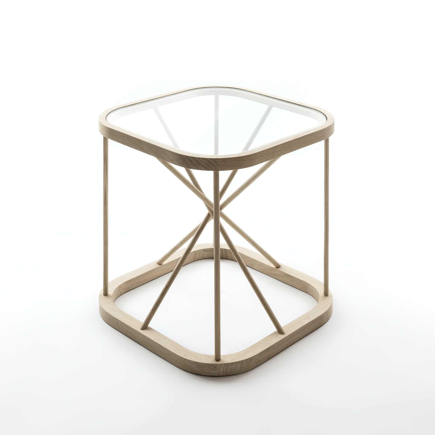 46700 W Twiggy Table 1