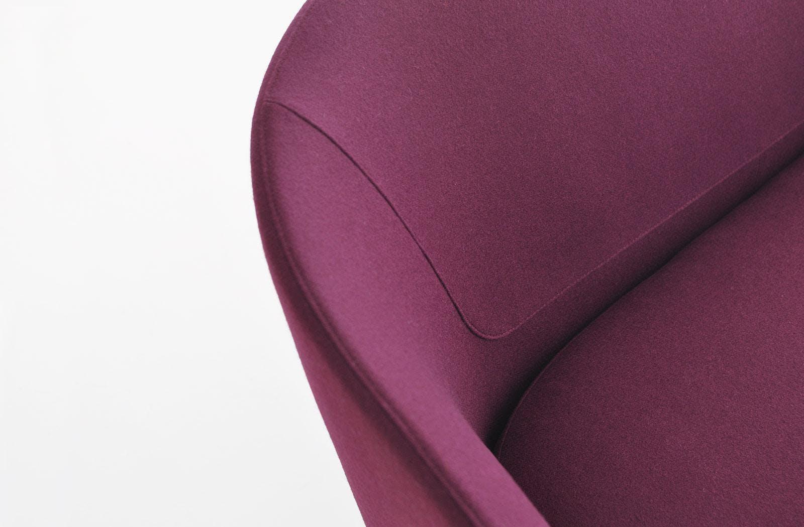 Bensen U Sofa Detail