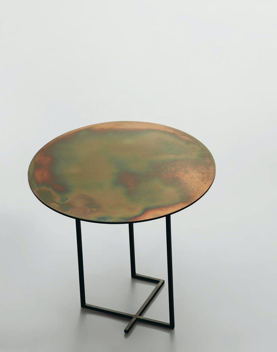 Urushi Tavolino In Ferro Di Design3