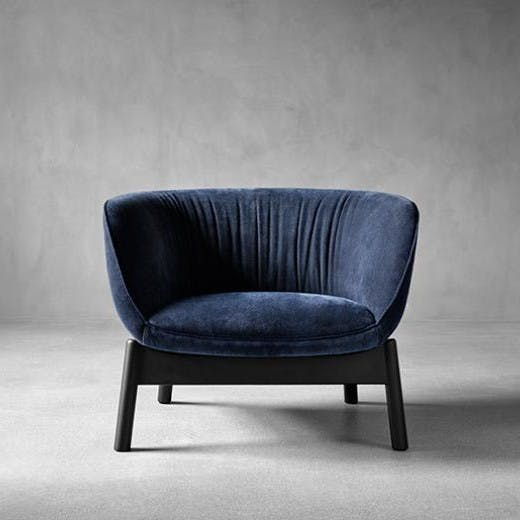 Wendelbo-front-vista-chair-haute-living