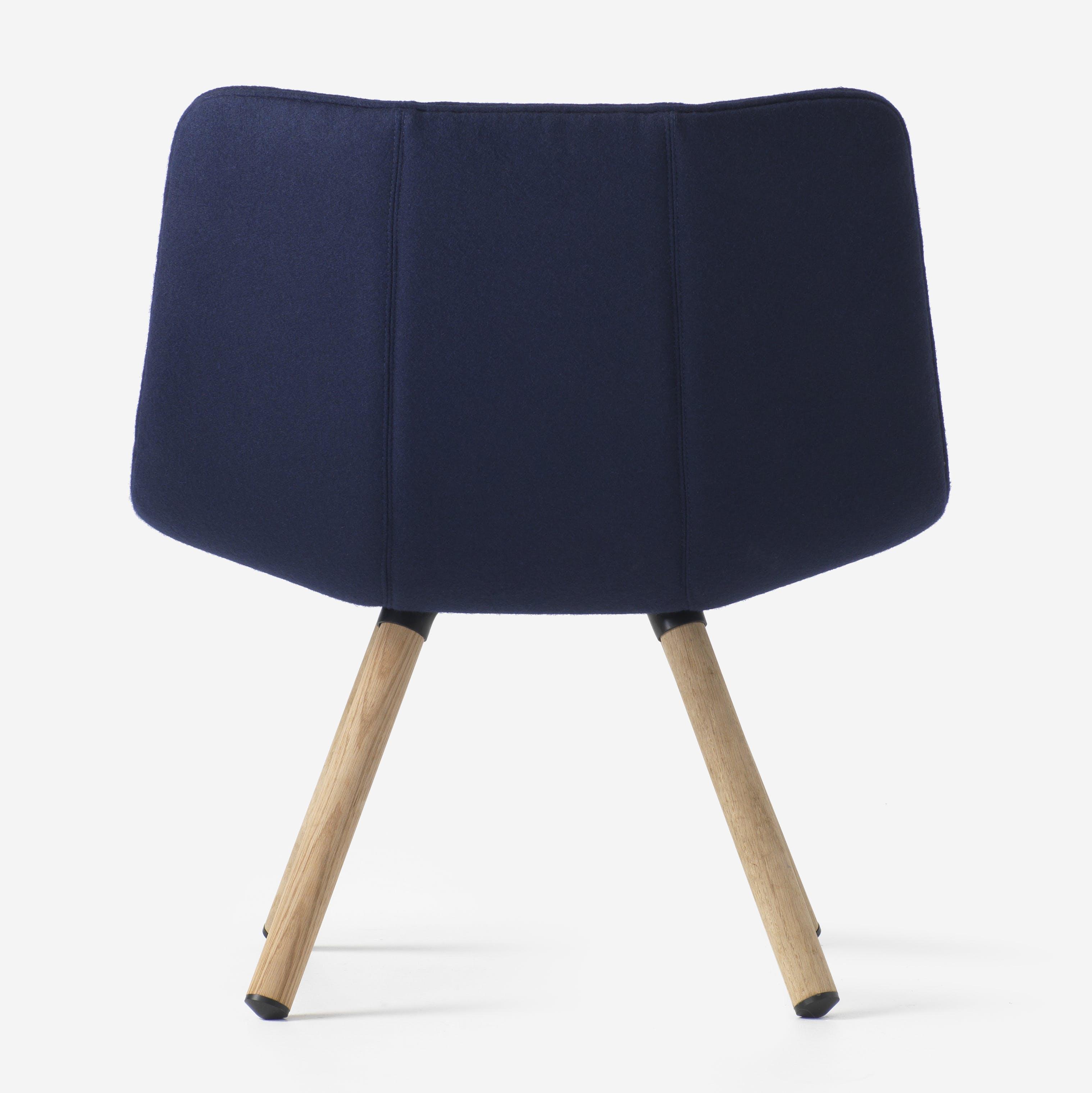 Resident-furniture-4-leg-volley-chair-backhaute-living