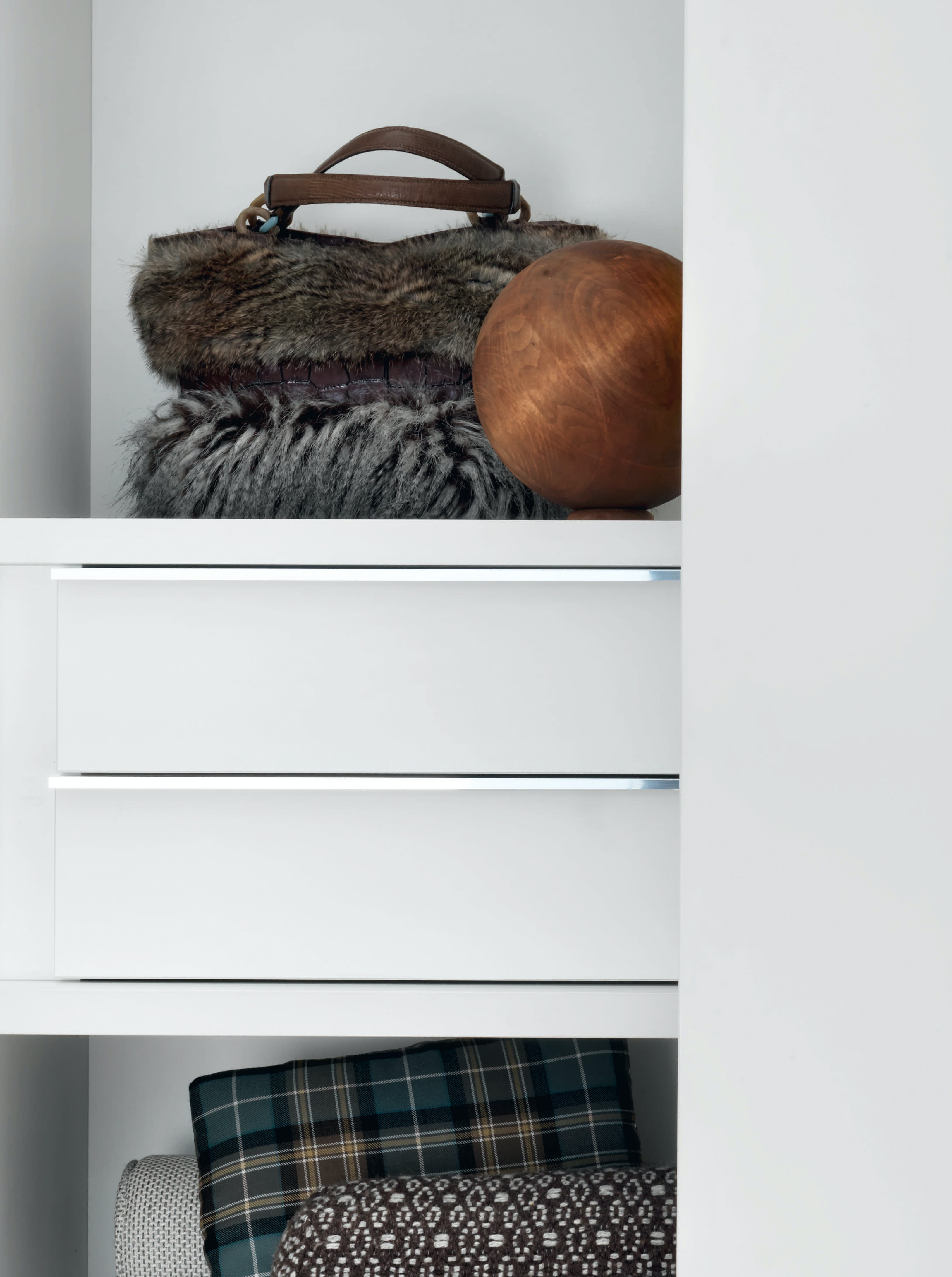 Giellesse Wall System Drawer Haute Living