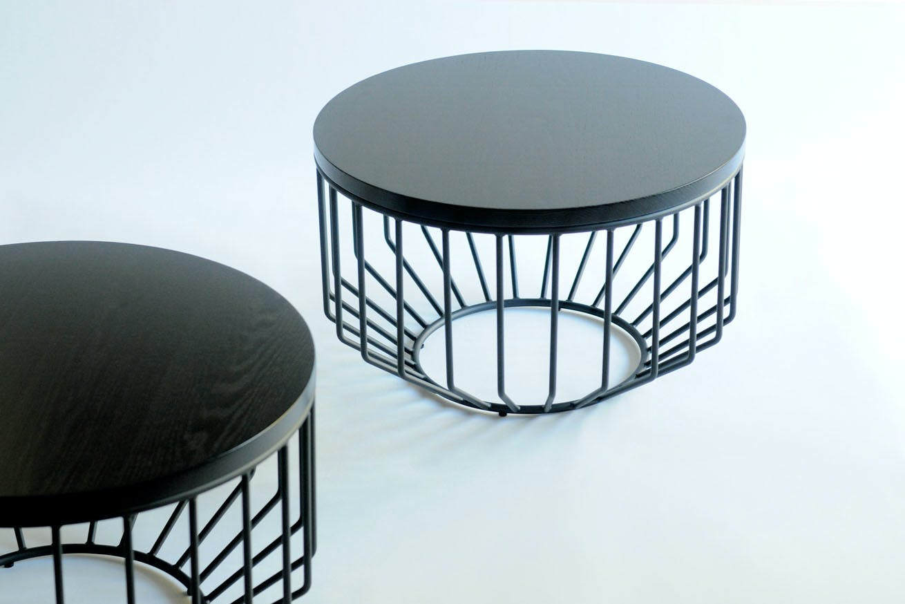 Wired Complement Table Black 01