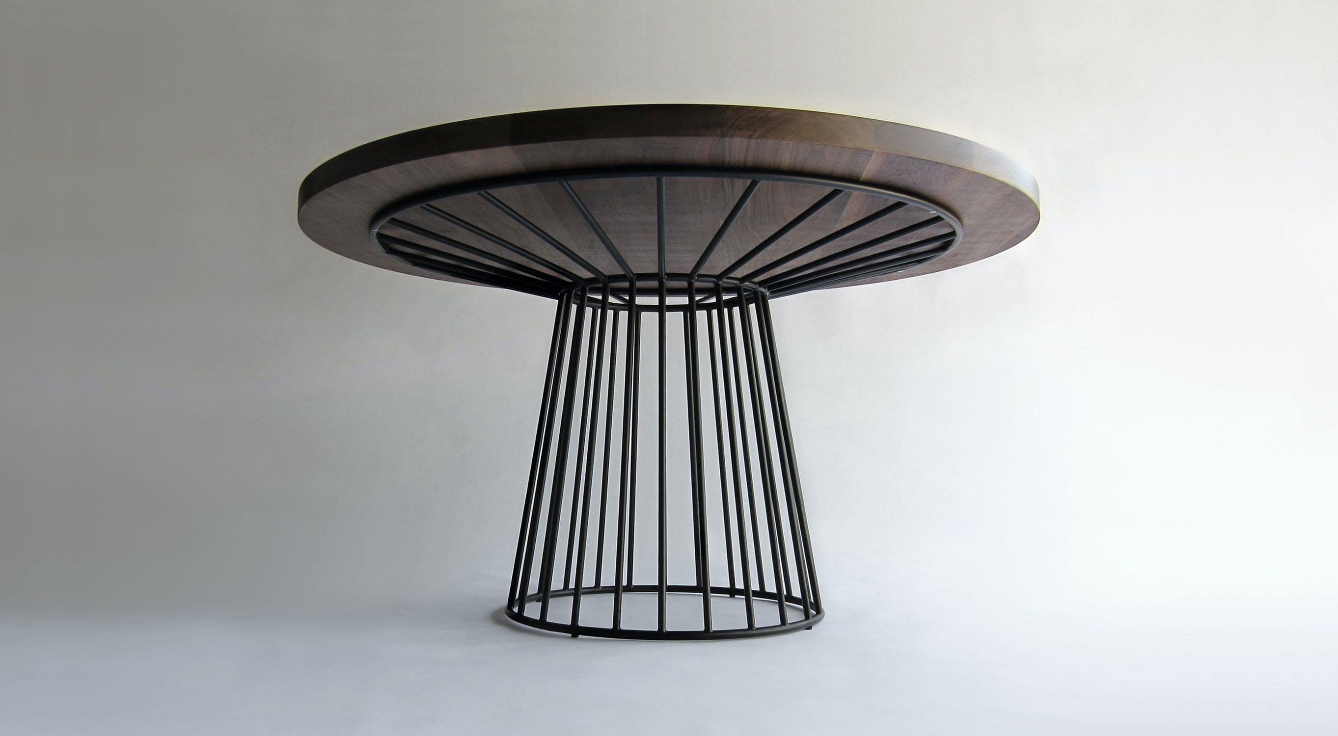 Wired Dining Table Walnut W Flat Black