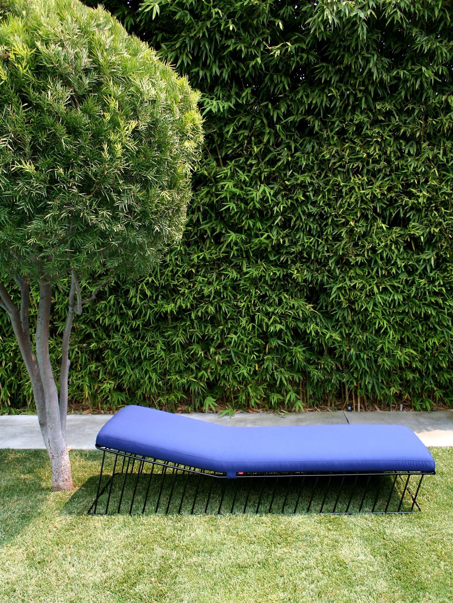 Wired Italic Chaise On Grass
