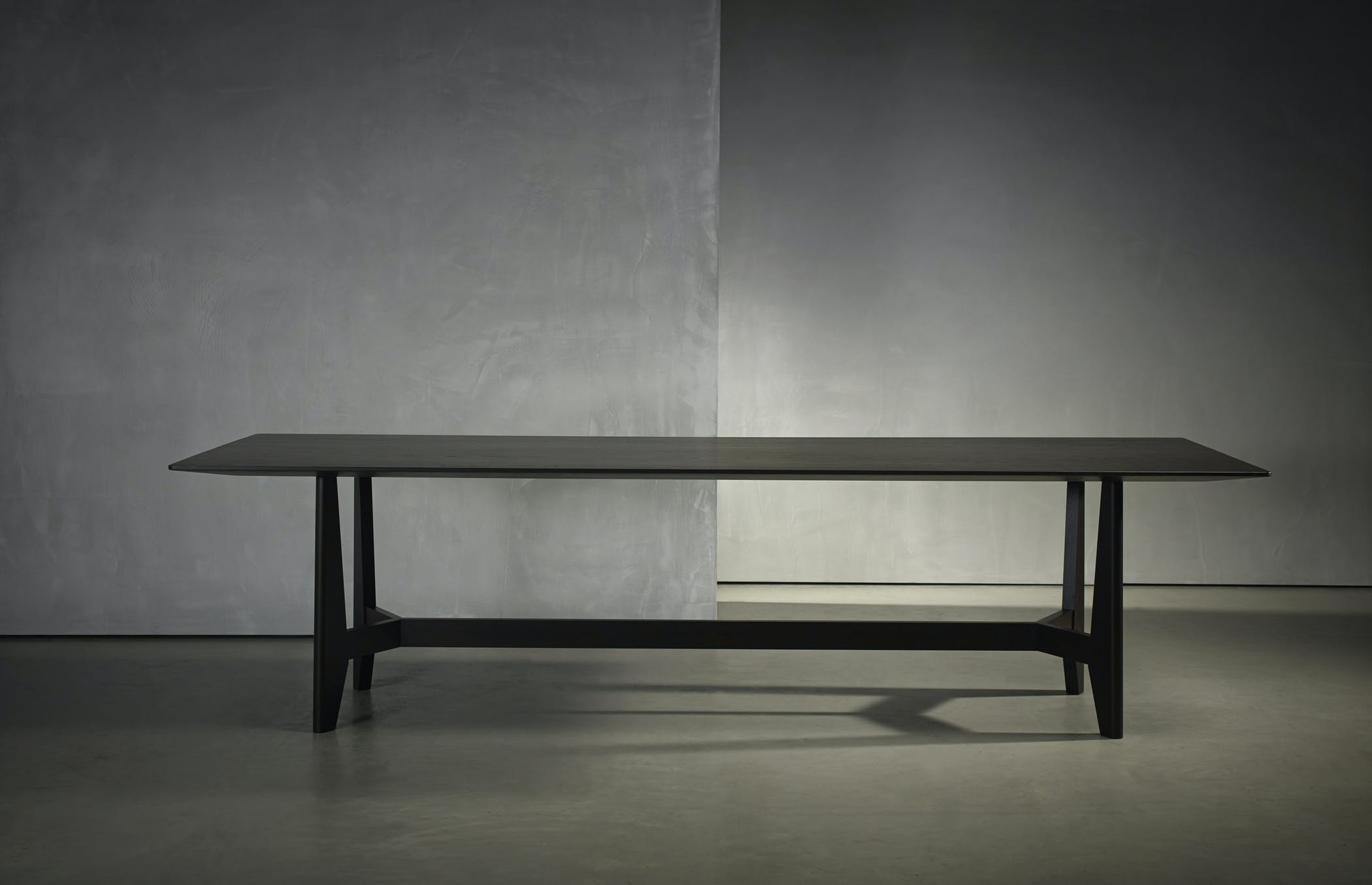 Pb Collection Yke Dining Table 001