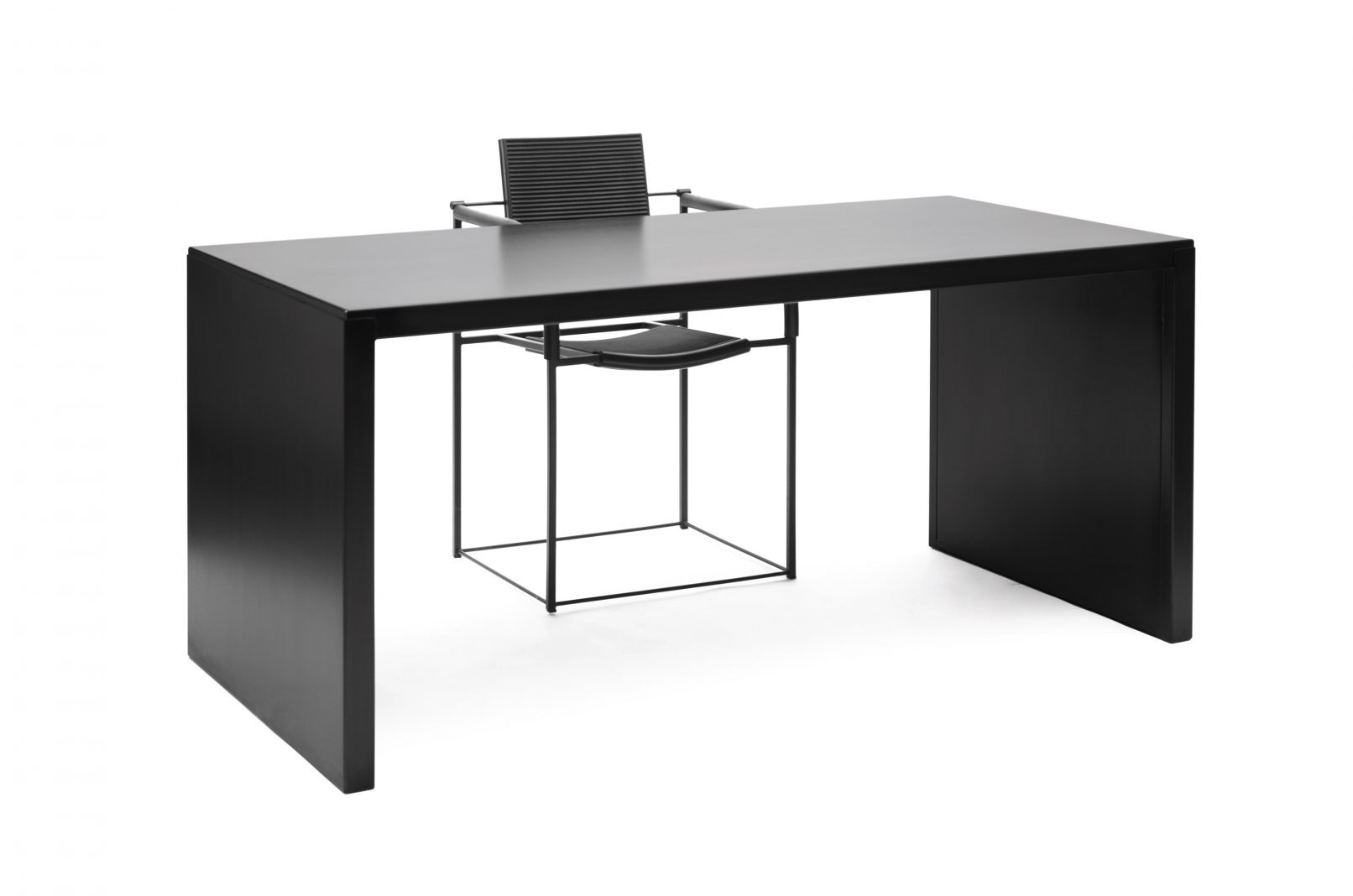 Big Ironydesk Copy 1612X1068